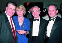San Francisco, Maggio 1992 . 49° Congresso dell'American Association of Endodontists. Da sinistra, il Dr. Jean Marie Laurichesse con la moglie, accanto al Prof. Schilder e al Dr. Castellucci. Si sta programmando il prossimo Congresso Mondiale di Endodonzia IFEA da tenersi a Parigi.